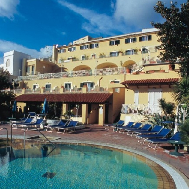 Hotel terme saint raphael a barano d 39 ischia portale terme for La table saint raphael