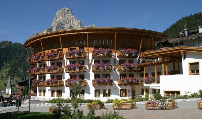 Hotel posta zirm a corvara in badia portale terme - Hotel corvara con piscina ...