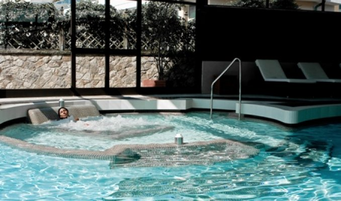 Hotel terme igea suisse a abano terme portale terme for Abano terme piscine